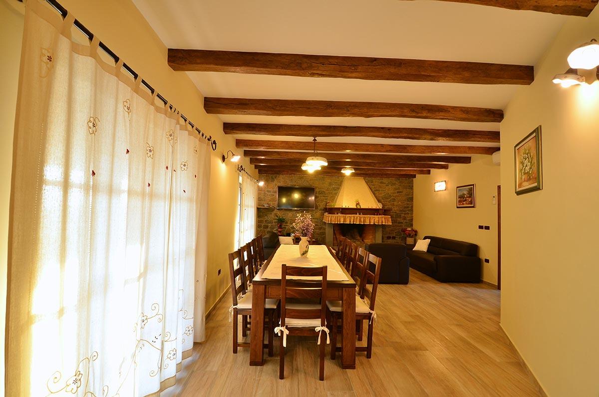 villa_maslina_istra_kuhinja-2-1024x678