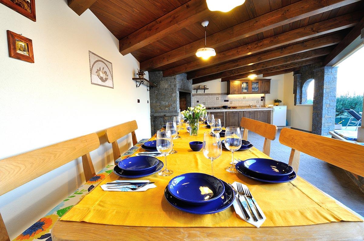 villa_maslina_istra_kuhinja-3-1-1024x680
