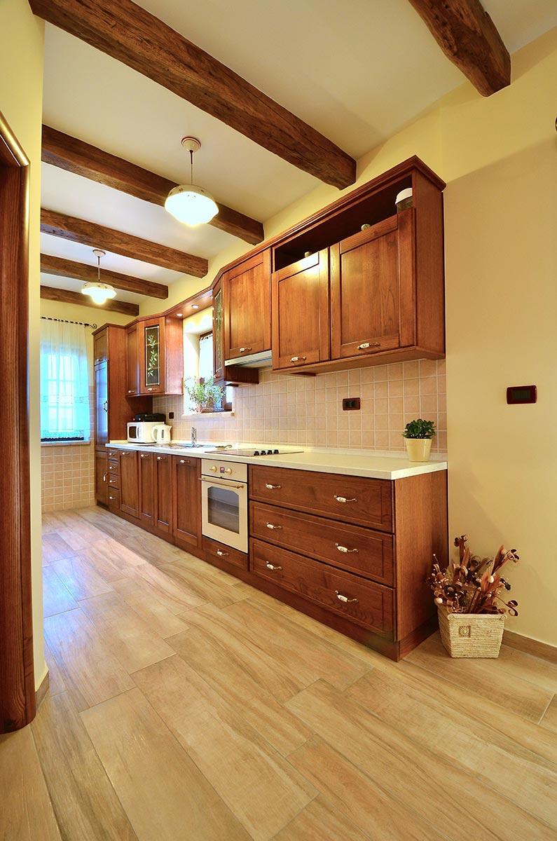 villa_maslina_istra_kuhinja-4-678x1024